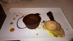 Dessert un moelleux au chocolat