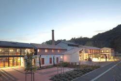 Maison de la Ceramique Terra Rosa