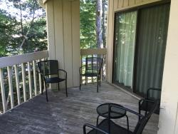 Balcony in Oak Knoll villa