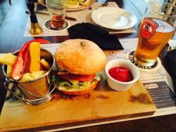 Croydon Pub
