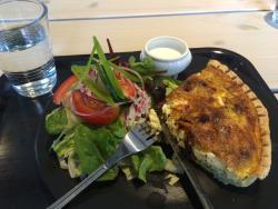 Linger Cafe