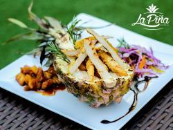 La Pina Restaurant & Cafe