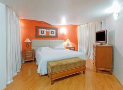 Harbor Querencia Hotel
