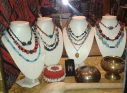 Raz Kashmir Crafts