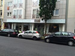Parlor Cafe & Salon