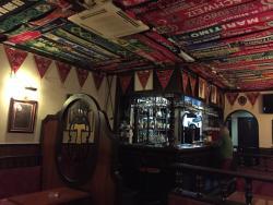 Tiny Pub