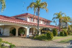 Narrandera Club Motor Inn