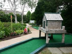 Susan's Garden Mini Golf