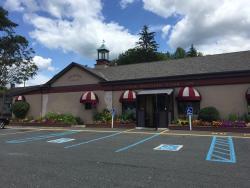 Four Brothers Pizza Inn