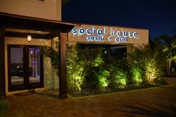 Social House Sushi & Grill