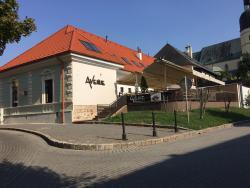 Avenue Restaurant
