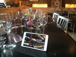 Frizzante Champagne & Wine Bar