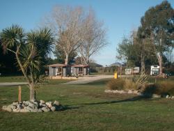 Glenavys Waitaki River Motor Camp