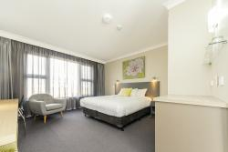 Cowra Services Club Motel