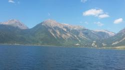 Twin Lakes Interlaken Boat Tours