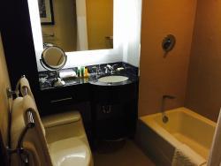 Bathroom - King Room