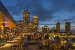 Lookout Rooftop & Bar