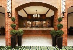 Sheraton Philadelphia Society Hill Hotel