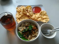 Mangkok Mie & Resto