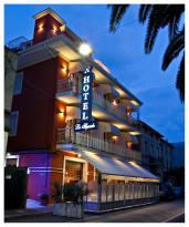 Hotel Lo Squalo