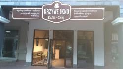 Krzywe Okno Restaurant & Cafe