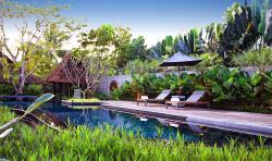 藍珍珠酒店