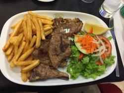 Praia Tamariz Restaurant