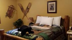 Two Bears Inn Bed & Breakfast