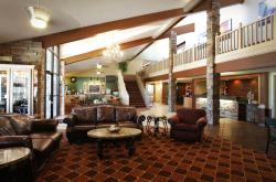AmericInn Lodge & Suites Okoboji