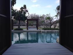 Bale Hotel Nusa Dua