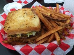 Flos Burger Diner