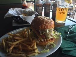 Tavern 101 Bar & Grill