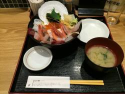 魚菜屋 西口店