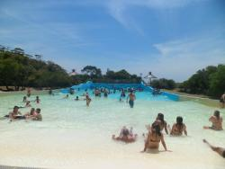piscina con olas- termas marinas