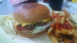 Salazar's Burgers Y Mas