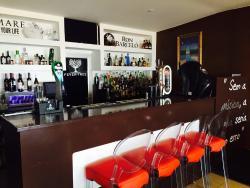 South Bistro Bar