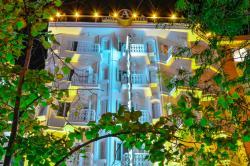 Ada Life Hotel