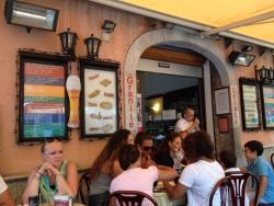 Tzinaczia Bar