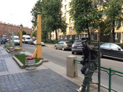 Statue of Lamplighter