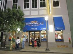 Ghirardelli Ice Cream and Chocolate Shop