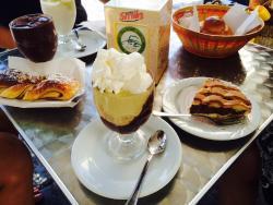 Cafe Preluna