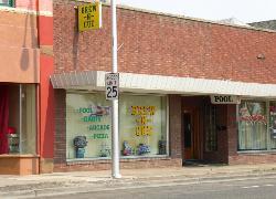 Brew-N-Cue Sports Tavern