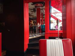 Elsie Mo's New York Diner