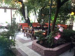 Taverna O Xarilaos