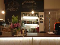 Etnika Fusion Bistro & Cafe