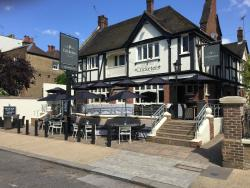 The Cricketers Kew Green