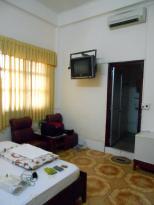 Phong Lan 1 Hotel