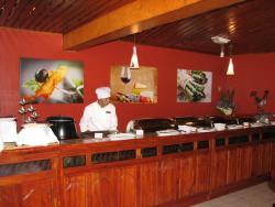 Las Bromelias Restaurant