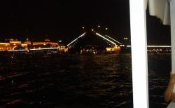 разводящийся мост