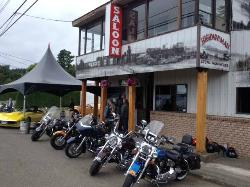 Highwayman Saloon Bar & Grill